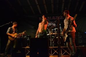 Manara_Gang_live_Kendall_Beer_Fest (16)
